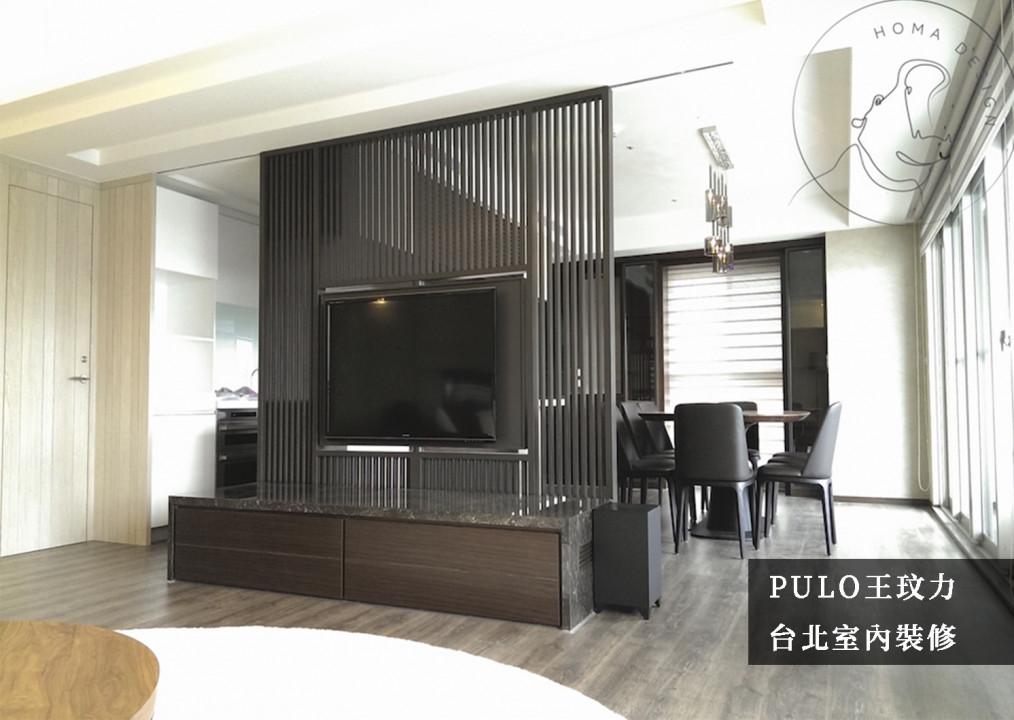 客廳裝潢靈感-解析40款客廳風格裝潢小巧思:以線條打造電視牆的輕隔間,一方面除了可區隔出空間使用範圍,同時卻能不造成視覺的遮蔽,大大增加整體空間感。在櫃體及後方餐桌採相同色調,木地板的鋪設上也使用相同的冷色系,使空間視覺一致。